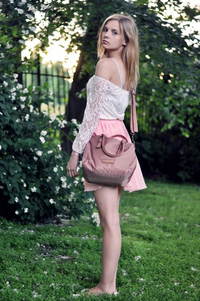 Outfit mit Liebeskind-Tasche