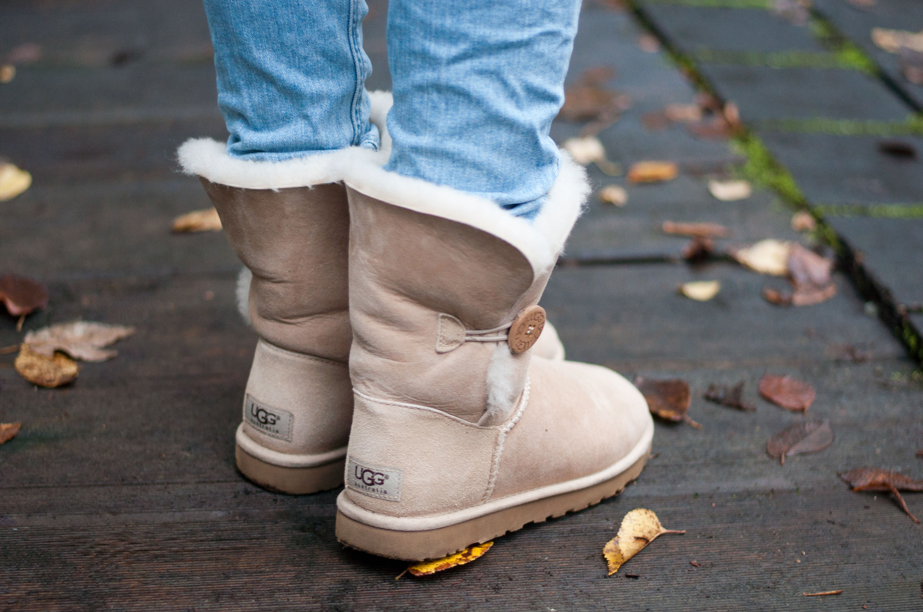 Ugg Boots Baily Button sand