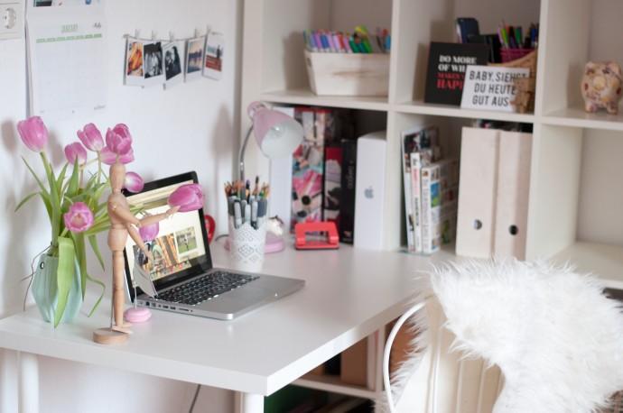 ROOM | Mein Arbeitsplatz im Wohnzimmer - strawberry pie