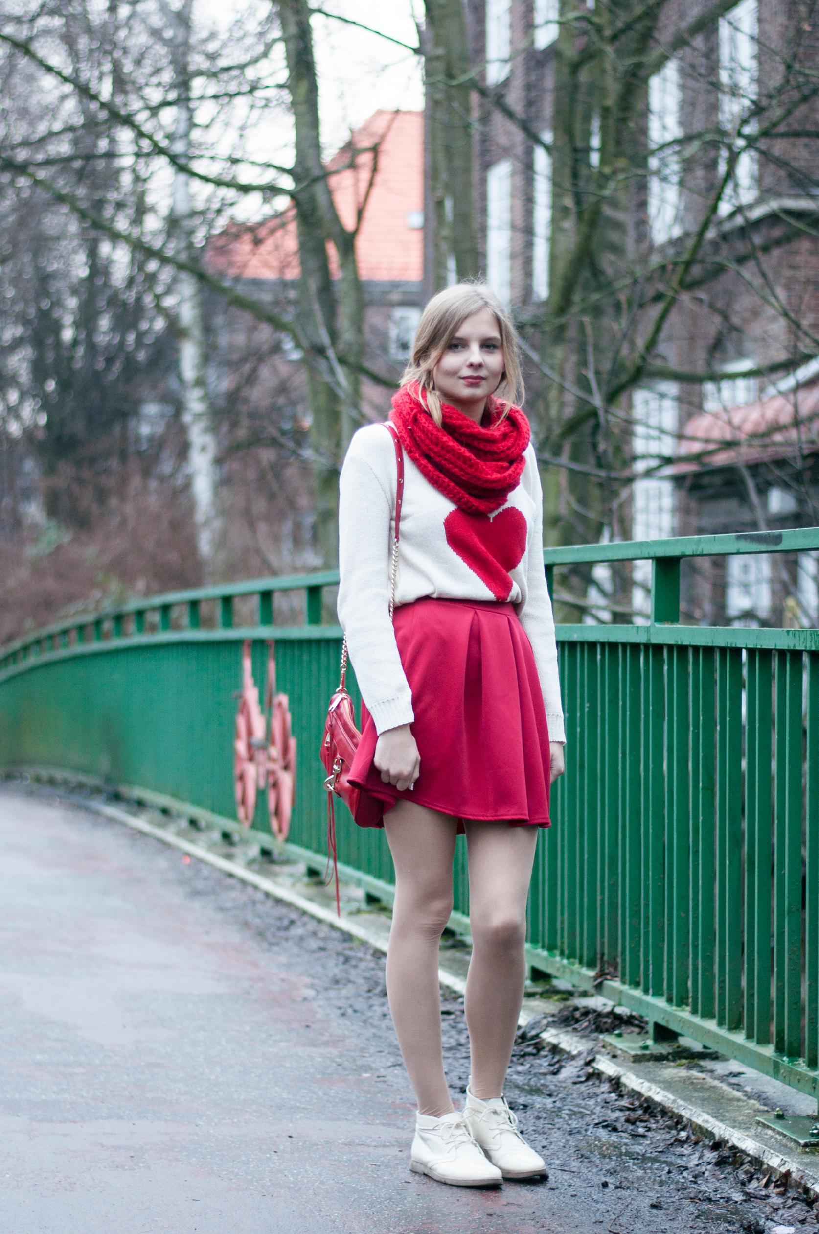 rotes Outfit Valentinstag