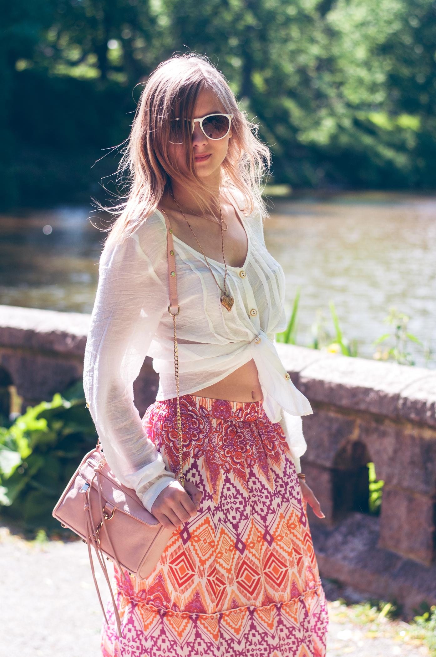 OUTFIT | Lila oranger Maxirock