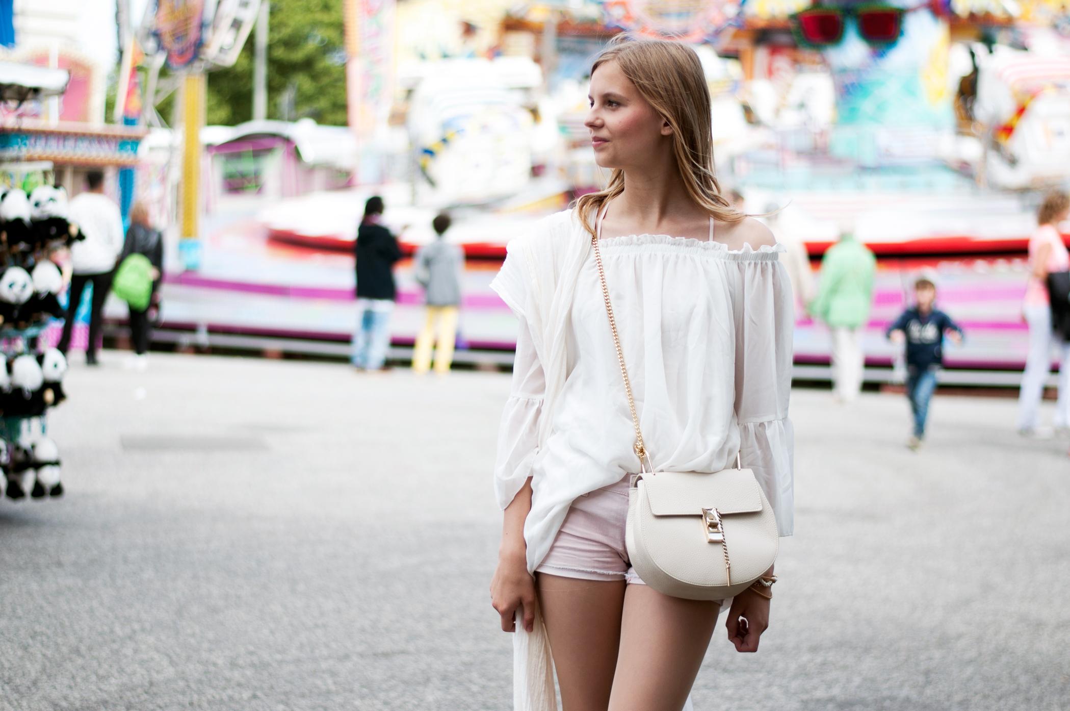 Chloé Drew beige