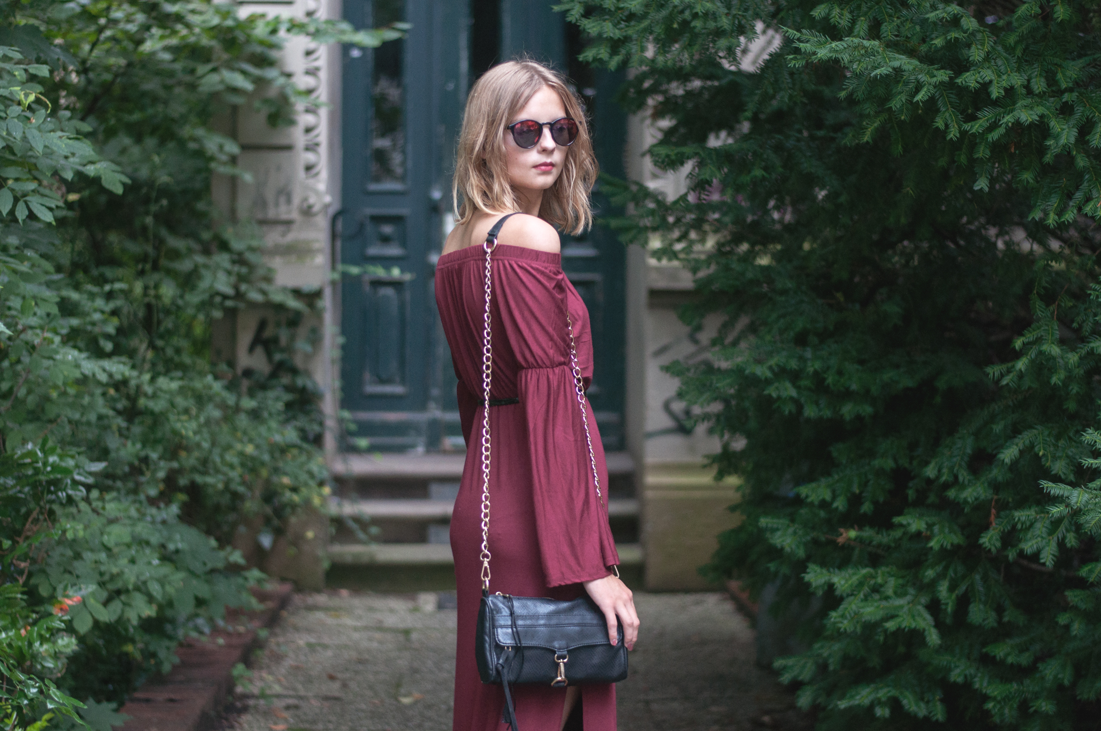 OUTFIT | Weinrotes Maxikleid