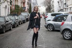overknees-schwarz-cape-5