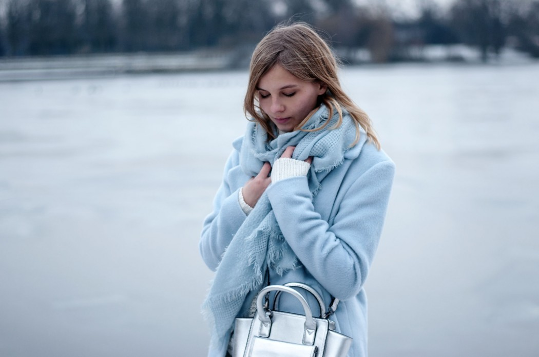 blauer-mantel