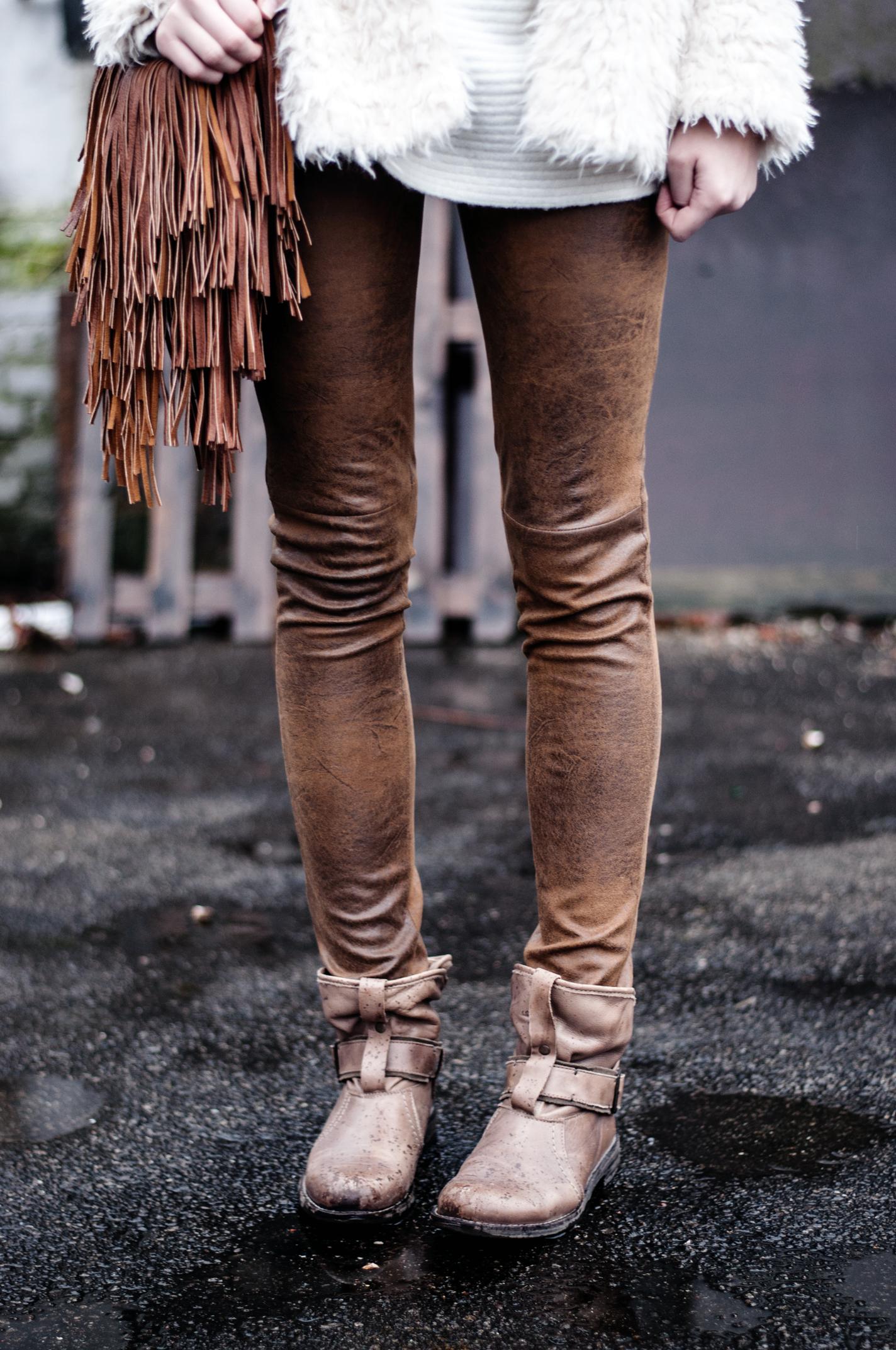 Braune Lederhose