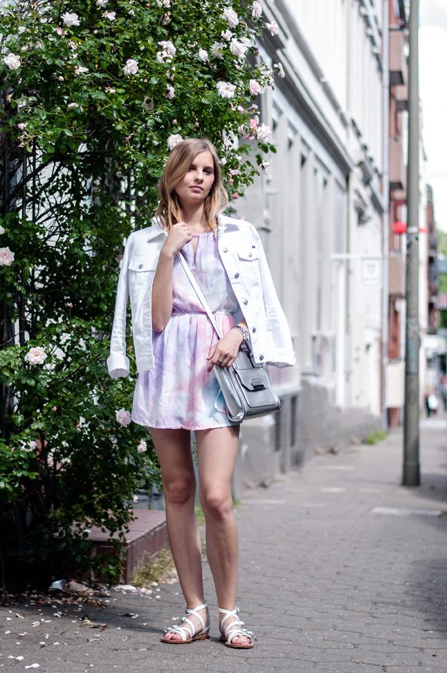 OUTFIT | Das pastellfarbene Kleid