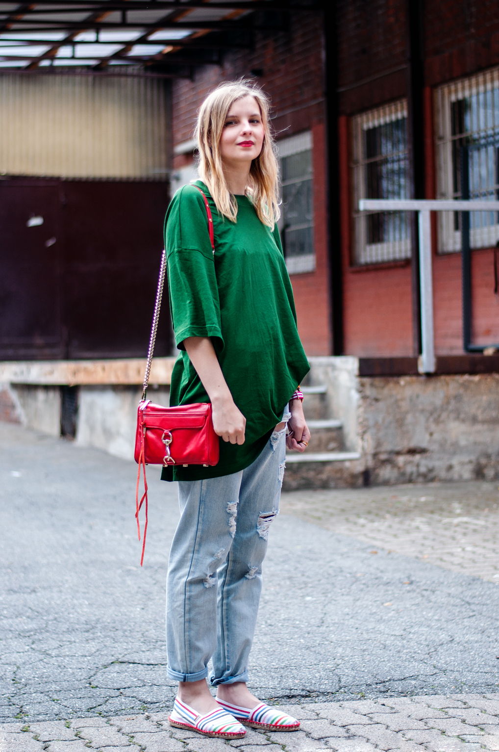 OUTFIT | Grünes Oversized T-Shirt