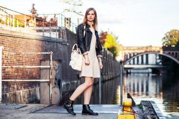 outfit-lederjacke-volantkleid