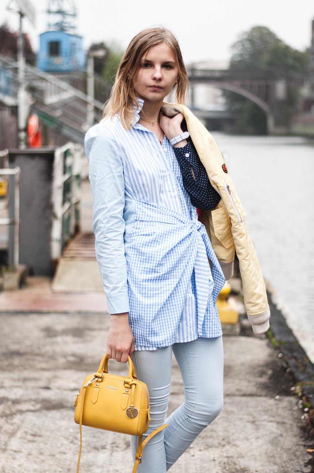 blaues Kleid Storets