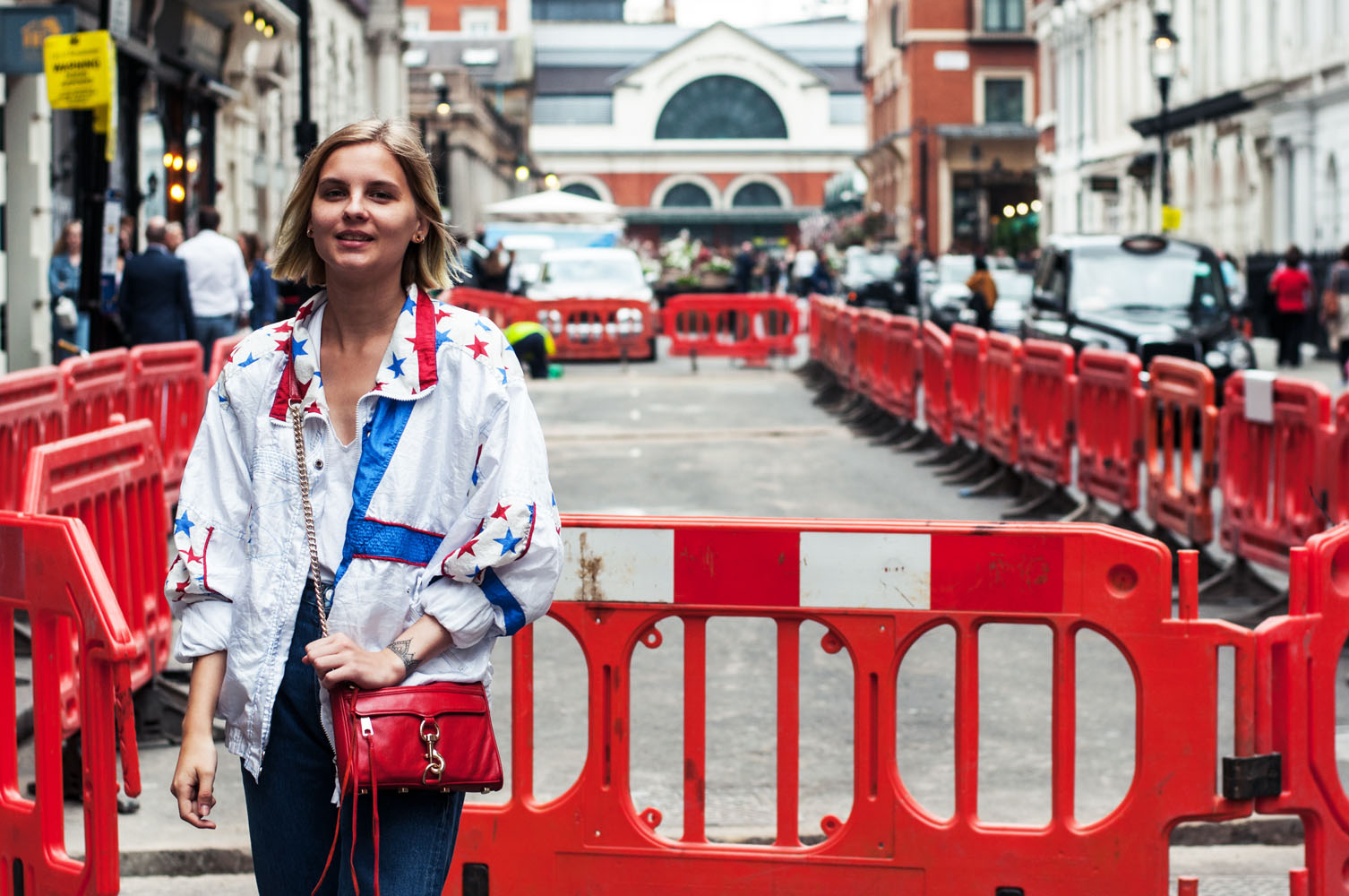 Outfit London Sternchenjacke