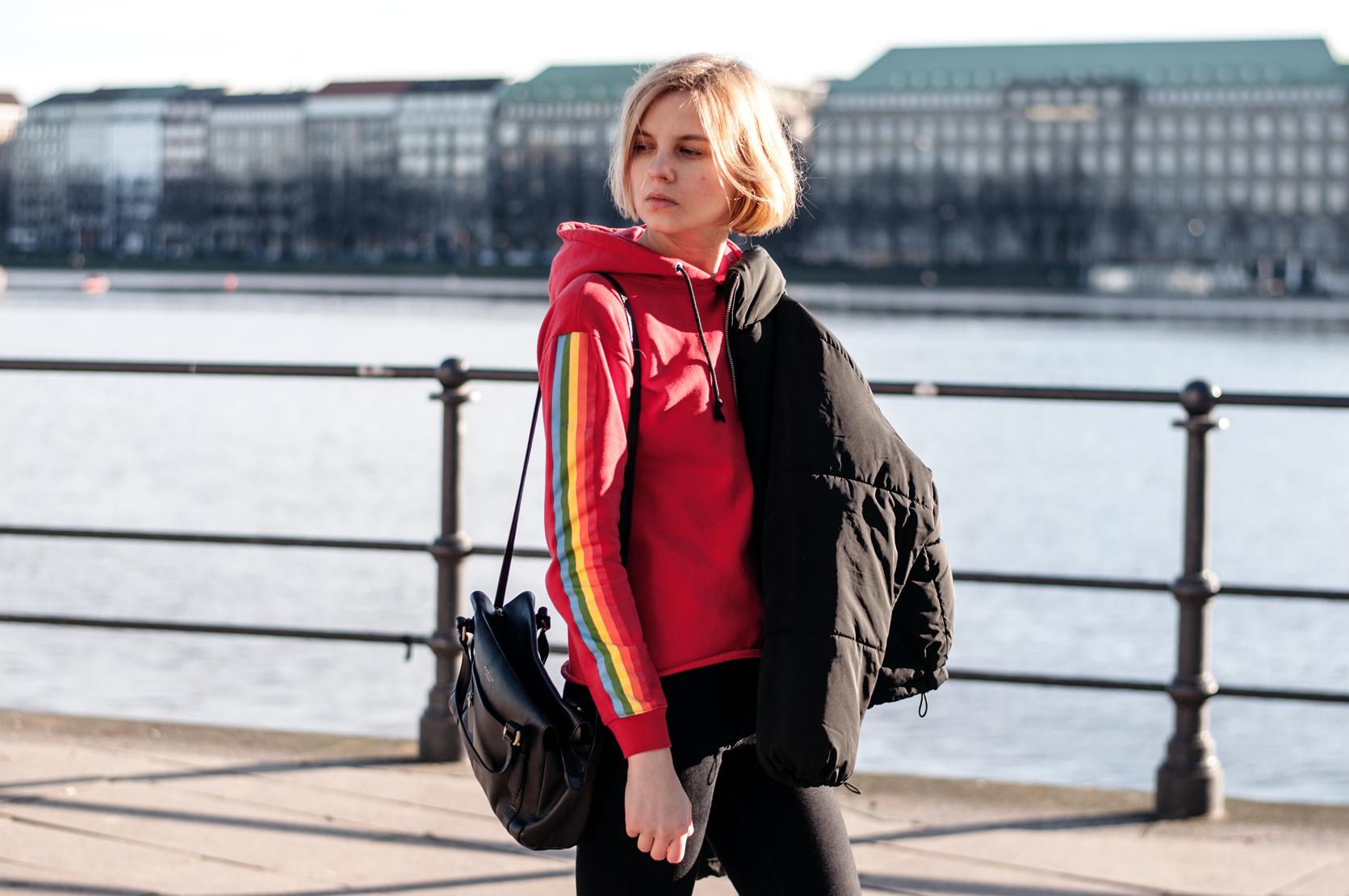 Sportlicher Pullover rot